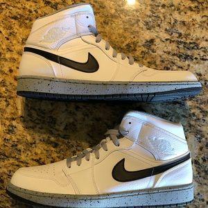 33851cb627dd27 Jordan 1 Cement (White)